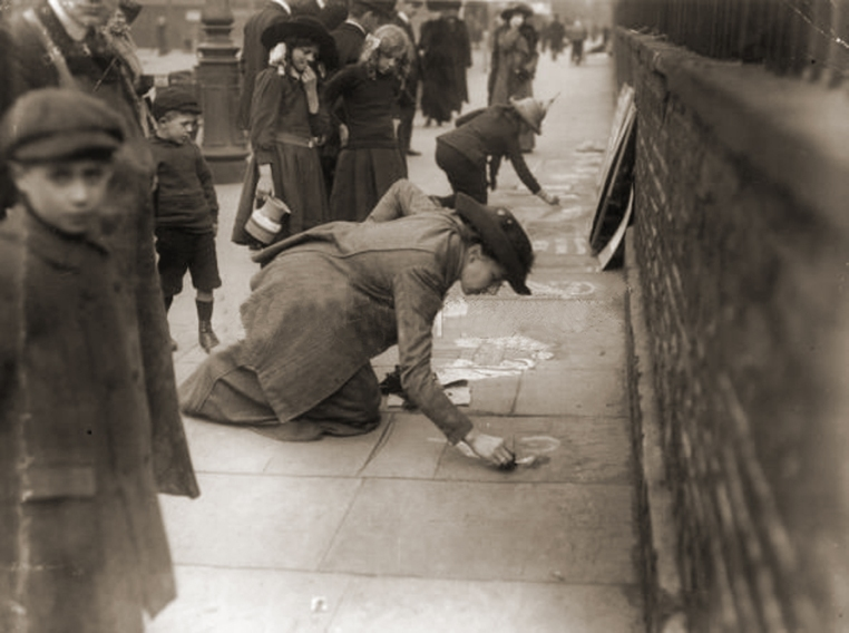Suffragette pavement artists, LONDON. 12th August 1913