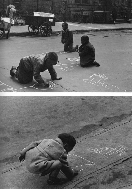 In the street: Photo Helen Levitt (1938-1948)