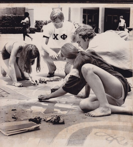 GREEK WEEK-Original Press Photo: University of Tallahassee CHALK-IN April 1973