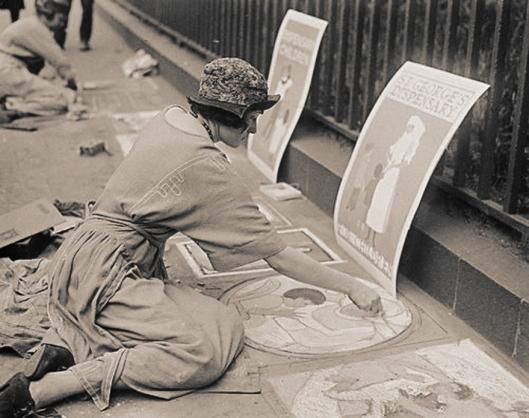 Girl pavement artists: Hyde Park Corner, London 1922