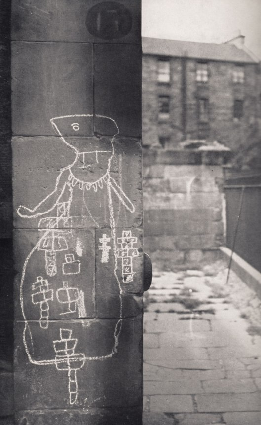 From the book: WALL DRAWING at Stockaree, Edinburgh 1964.